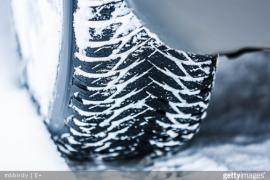 La règle du 4x4x4 est essentiel pour avoir de bons pneus en hiver.